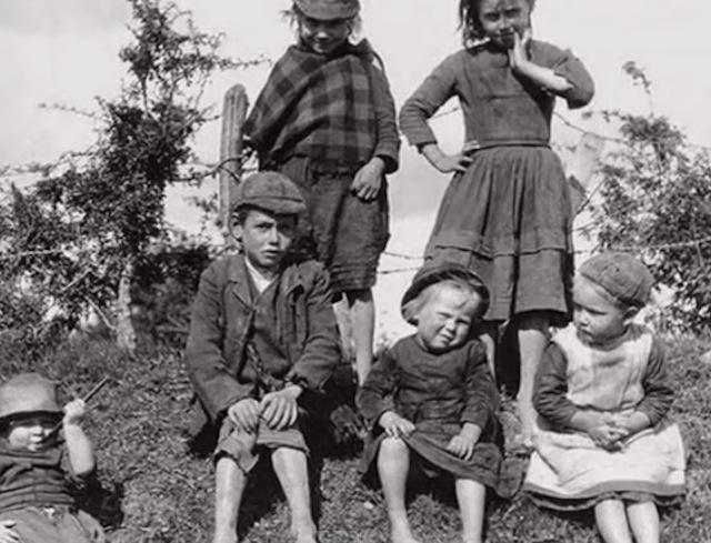 bambini-orfanotrofio-